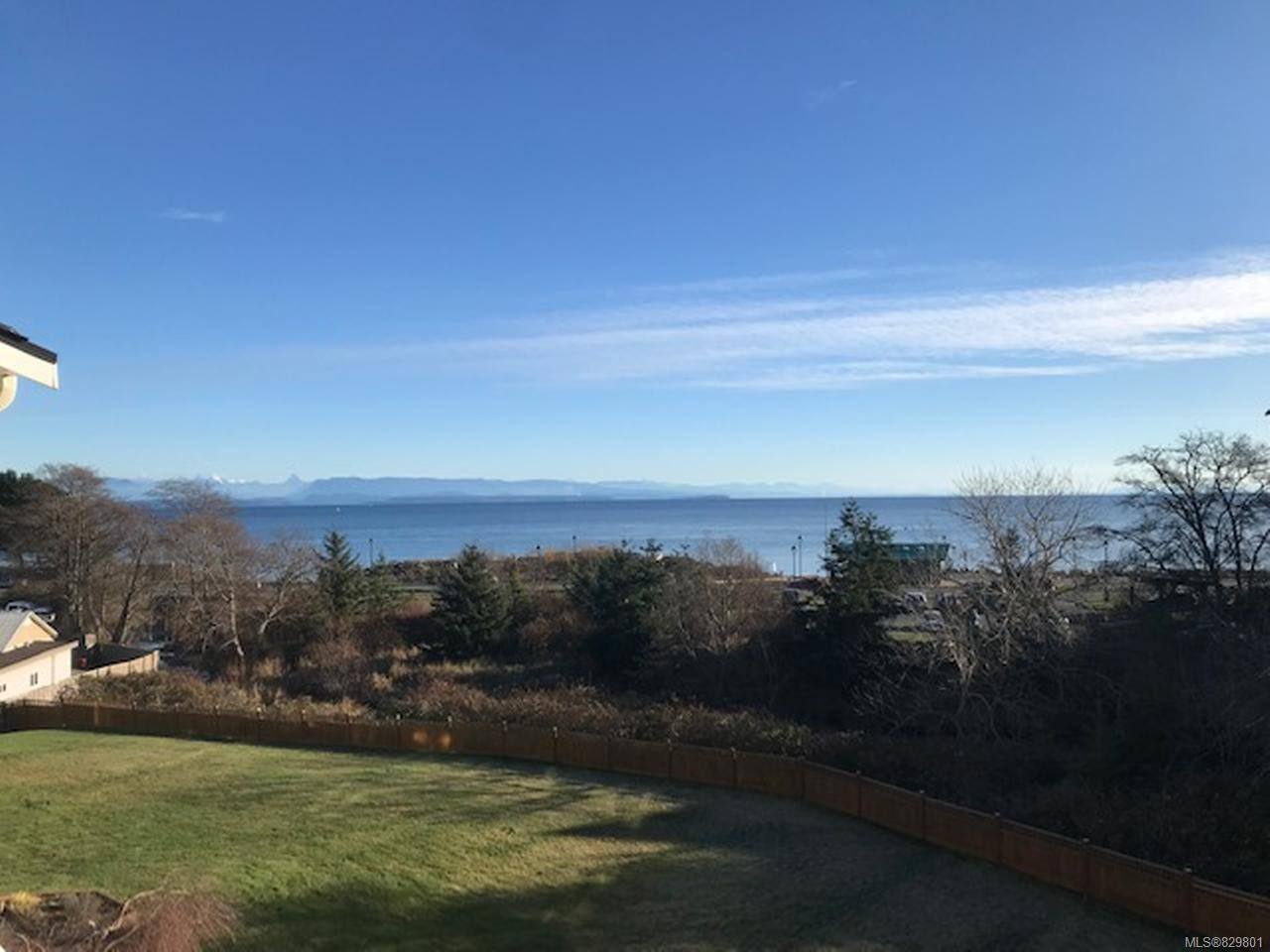 Photo 8: Photos: 311 155 Erickson Rd in CAMPBELL RIVER: CR Willow Point Condo for sale (Campbell River)  : MLS®# 829801
