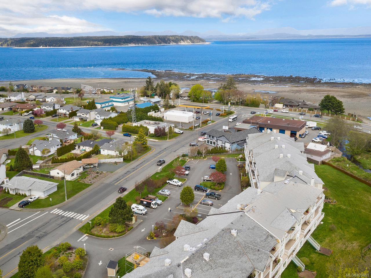 Photo 22: Photos: 311 155 Erickson Rd in CAMPBELL RIVER: CR Willow Point Condo for sale (Campbell River)  : MLS®# 829801
