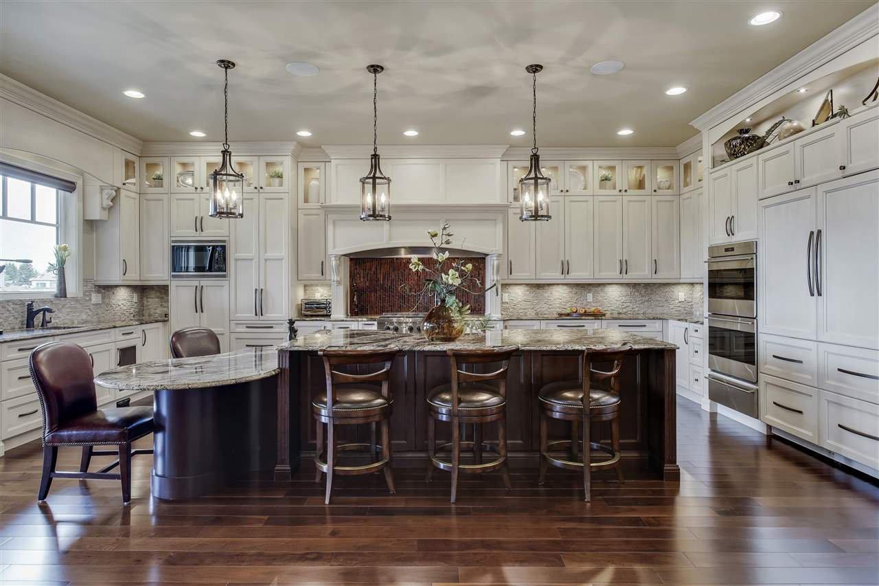 Main Photo: 2790 WHEATON Drive in Edmonton: Zone 56 House for sale : MLS®# E4185943