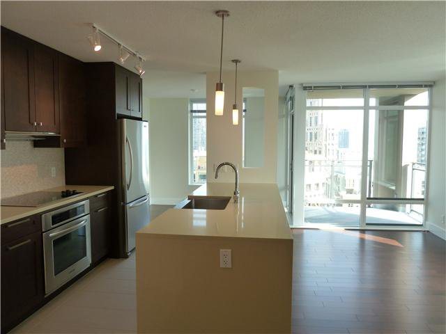 Main Photo:  in Vancouver: Yaletown Condo for sale (Vancouver West)  : MLS®# V918710
