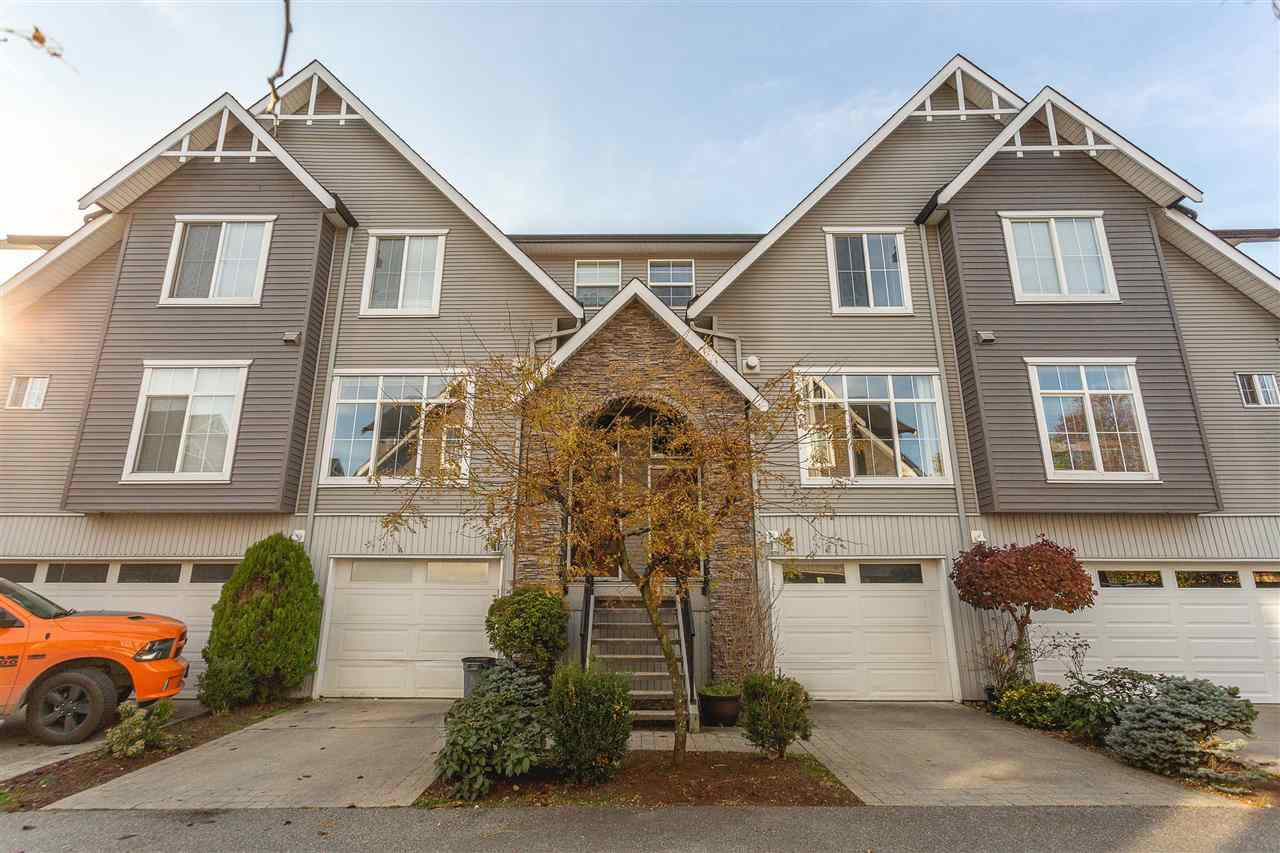 "Main Photo: 41 8881 WALTERS Street in Chilliwack: Chilliwack E Young-Yale Townhouse for sale in ""Eden Park"" : MLS®# R2418482"
