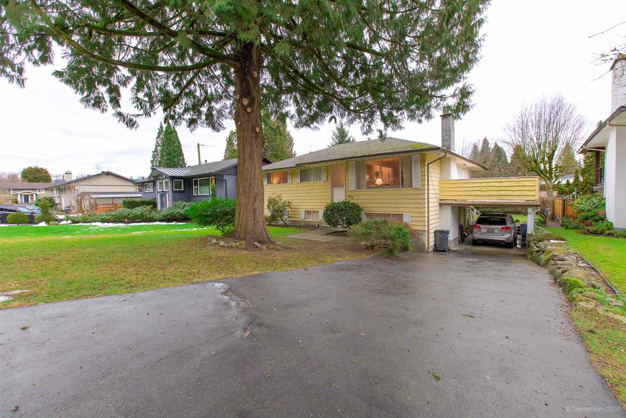 "Main Photo: 972 GARROW Drive in Port Moody: Glenayre House for sale in ""Glenayre"" : MLS®# R2430500"