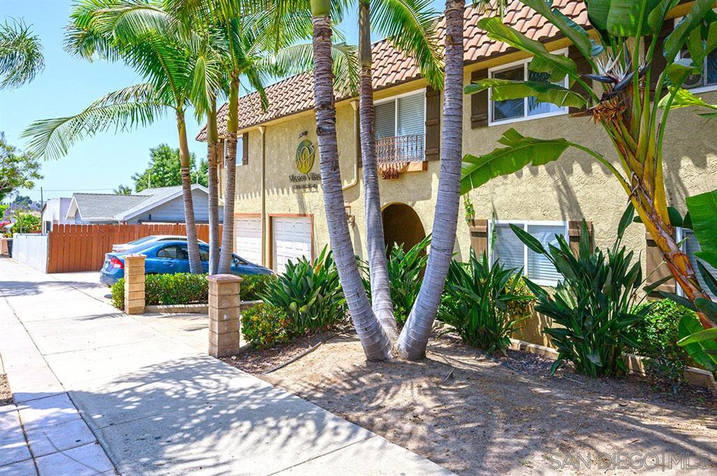 Main Photo: SAN DIEGO Condo for sale : 1 bedrooms : 3846 38th St #4