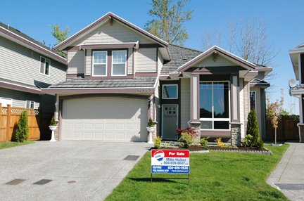 "Main Photo: 16963 61B AV in Surrey: Cloverdale BC House for sale in ""PARKVIEW TERRACE"" (Cloverdale)  : MLS®# F2609499"