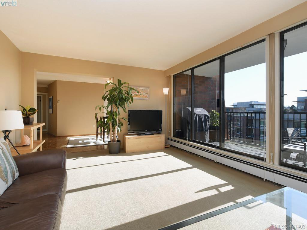 Main Photo: 503 777 Blanshard St in VICTORIA: Vi Downtown Condo for sale (Victoria)  : MLS®# 834037