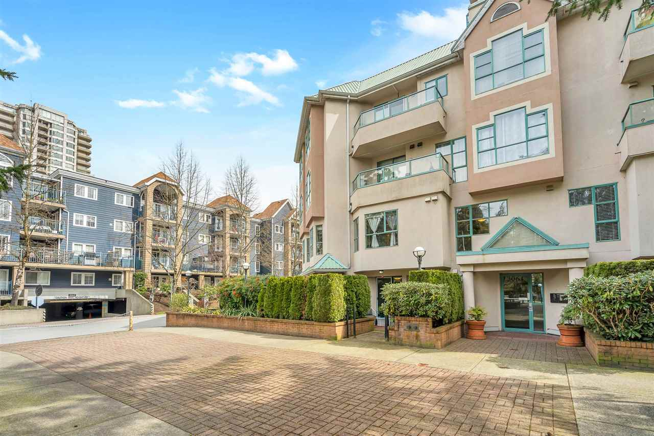 """Main Photo: 103W 3061 GLEN Drive in Coquitlam: North Coquitlam Townhouse for sale in """"Parc Laurent"""" : MLS®# R2449524"""