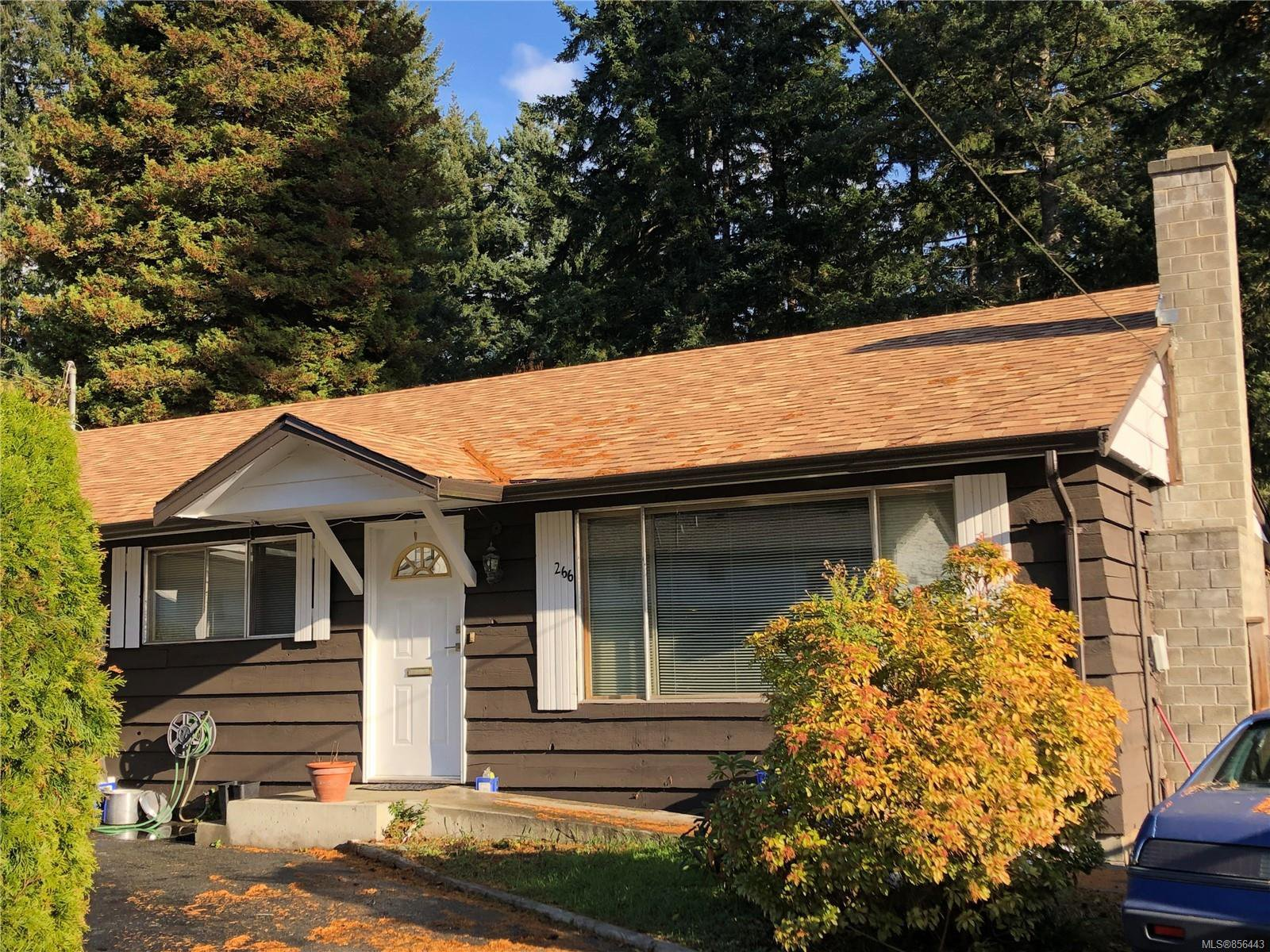 Main Photo: 266 Ivy Pl in : CV Comox (Town of) House for sale (Comox Valley)  : MLS®# 856443