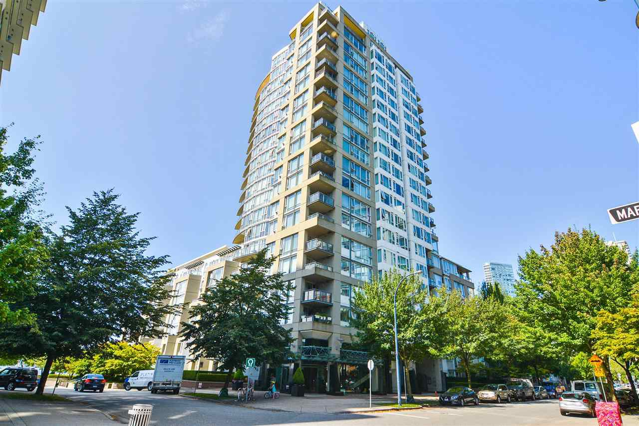 """Main Photo: 311 1383 MARINASIDE Crescent in Vancouver: Yaletown Condo for sale in """"THE COLUMBUS"""" (Vancouver West)  : MLS®# R2517946"""