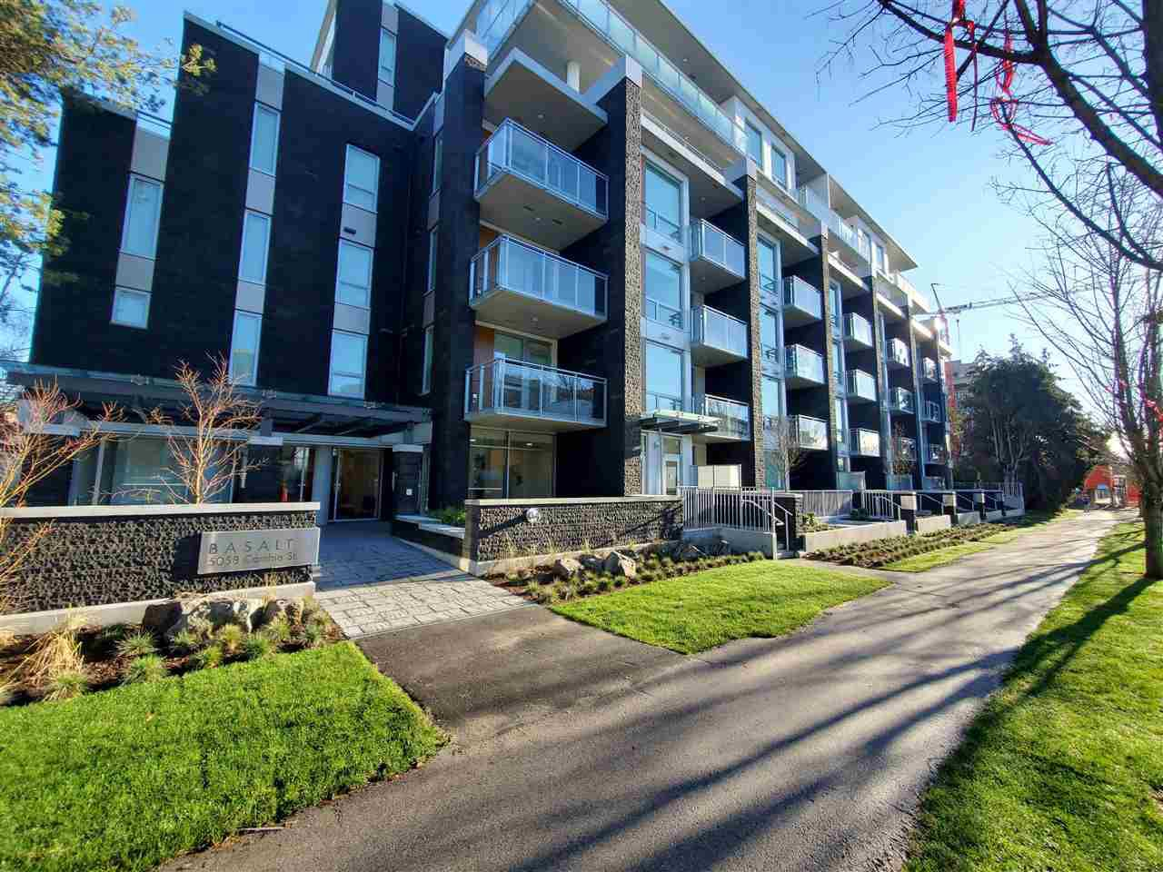 """Main Photo: 205 5058 CAMBIE Street in Vancouver: Cambie Condo for sale in """"BASALT"""" (Vancouver West)  : MLS®# R2527780"""