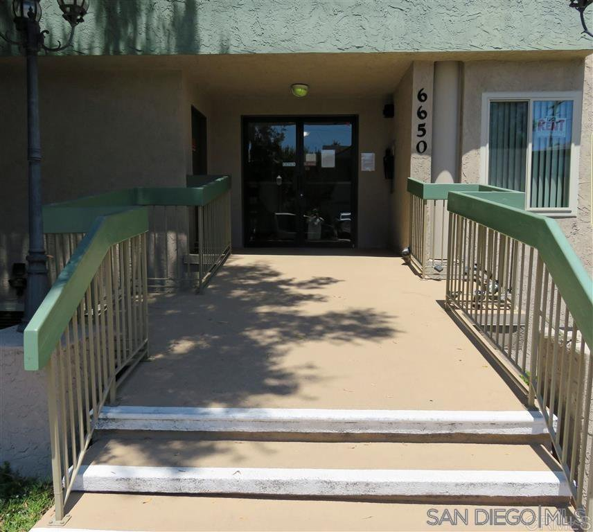 Main Photo: COLLEGE GROVE Condo for sale : 1 bedrooms : 6650 Amherst St. #10A in San Diego