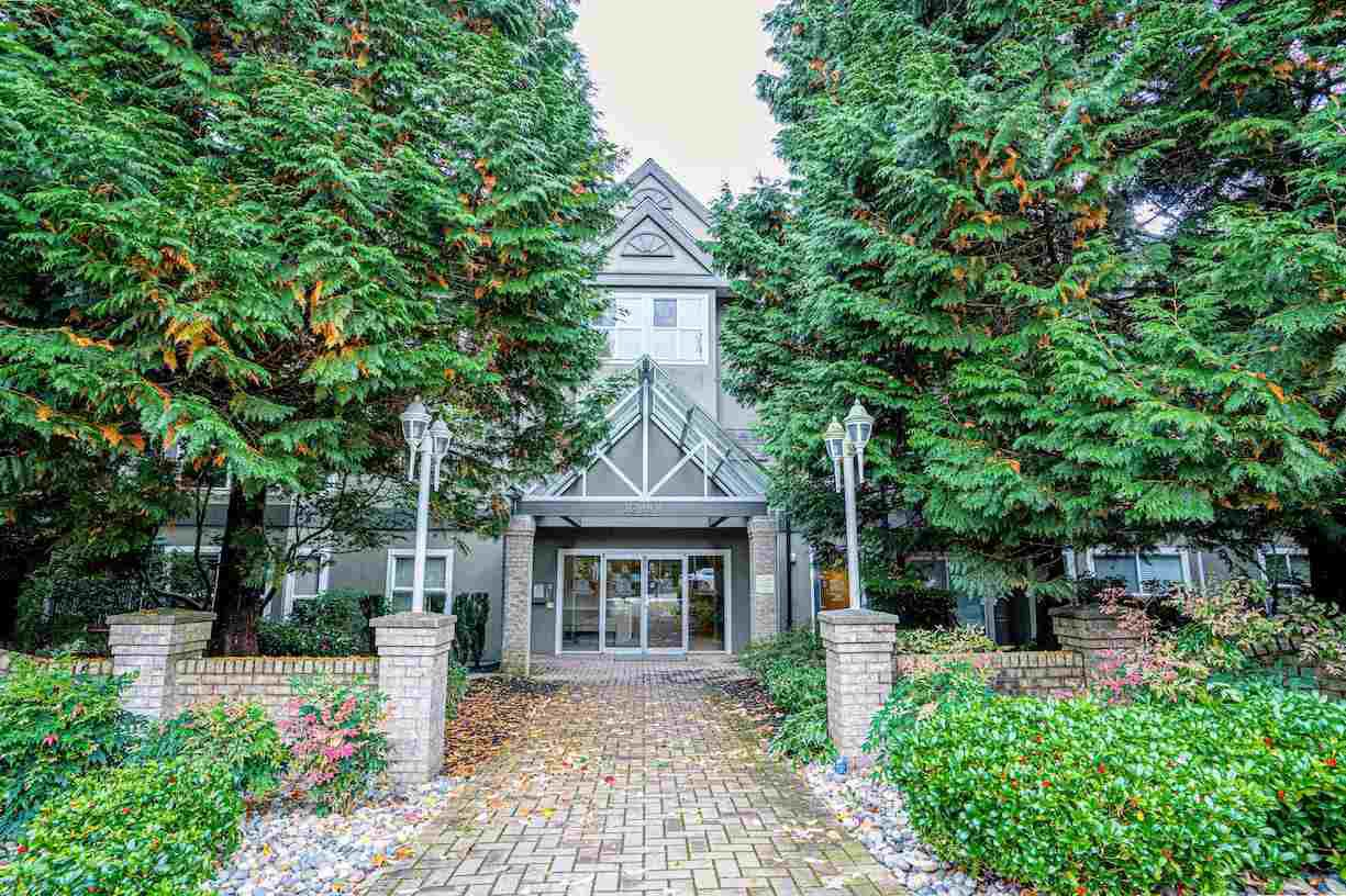 """Main Photo: 102 12088 66 Avenue in Surrey: West Newton Condo for sale in """"LAKEWOOD TERRACE"""" : MLS®# R2508621"""
