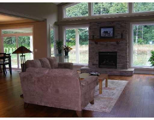 Photo 3: Photos: 5006 BAY Road in Sechelt: Sechelt District House for sale (Sunshine Coast)  : MLS®# V701252