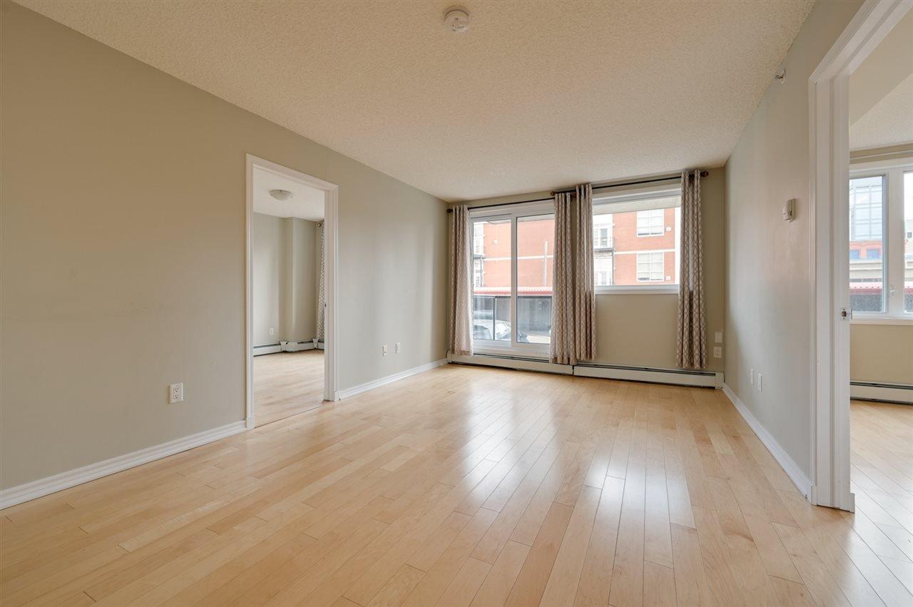 Main Photo: 202 10303 105 Street in Edmonton: Zone 12 Condo for sale : MLS®# E4178852