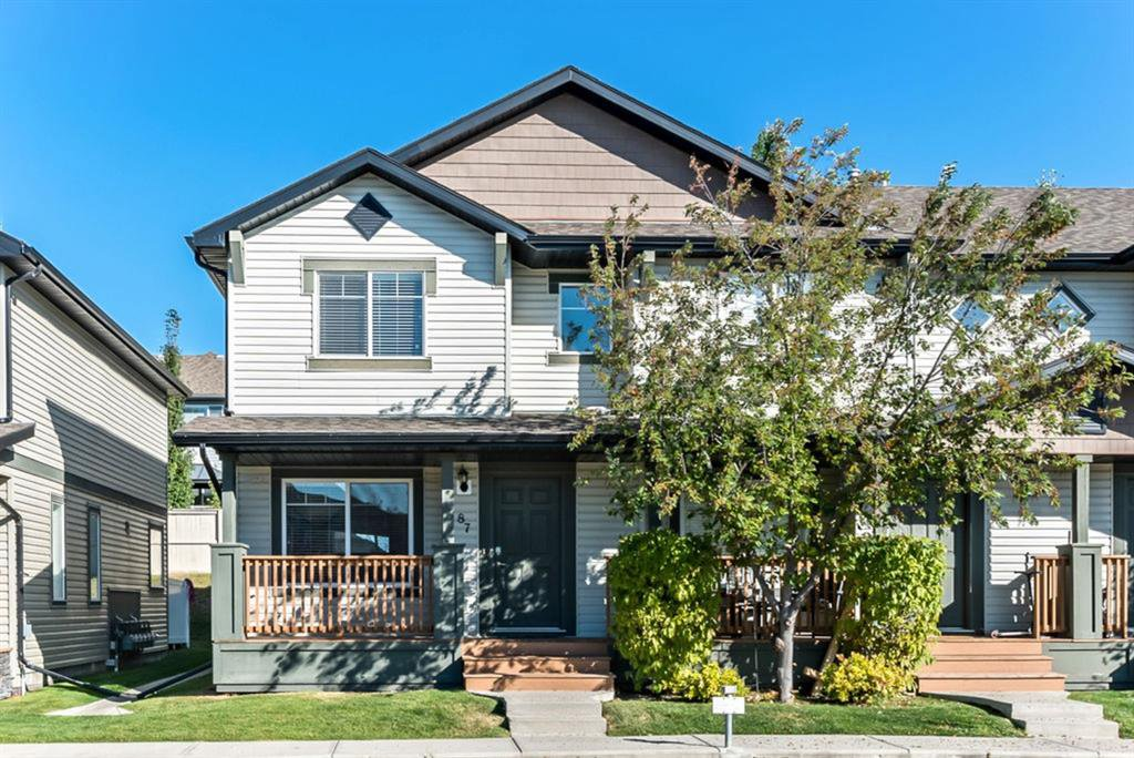 Main Photo: 87 105 DRAKE LANDING Common: Okotoks Row/Townhouse for sale : MLS®# A1037091
