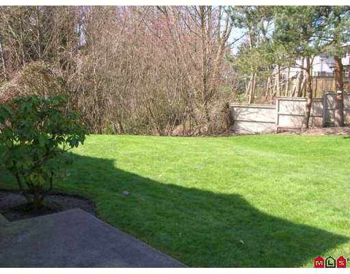 """Photo 8: Photos: 9045 WALNUT GROVE Drive in Langley: Walnut Grove Townhouse for sale in """"Bridlewood"""" : MLS®# F2708026"""