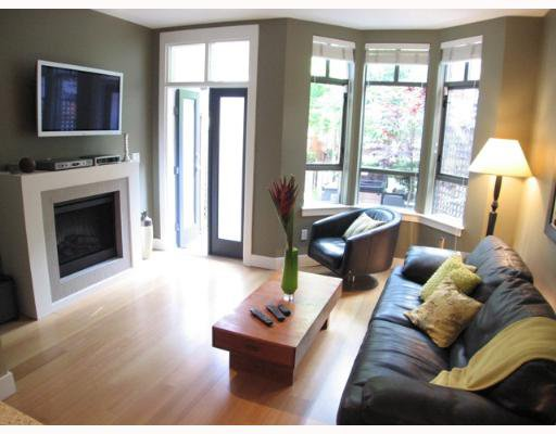 "Photo 5: Photos: 842 W 6TH Avenue in Vancouver: Fairview VW Townhouse for sale in ""BOXWOOD GREEN"" (Vancouver West)  : MLS®# V650678"