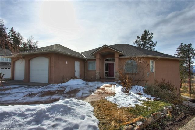 Main Photo: 1110 Nechako Court in Kelowna: Other for sale : MLS®# 10023253