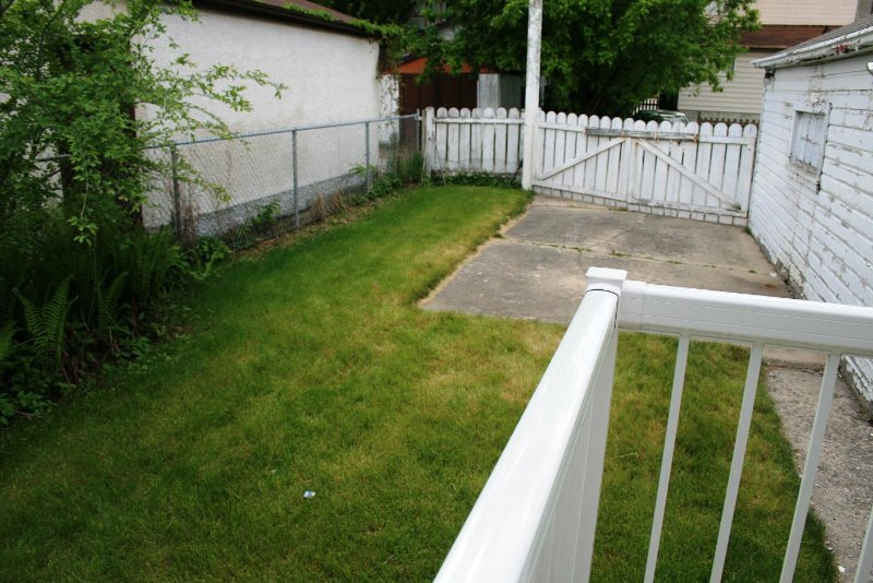 Photo 4: Photos: 526 Craig St./ Wolseley in Winnipeg: West End / Wolseley Single Family Detached for sale (West Winnipeg)  : MLS®# 2810353