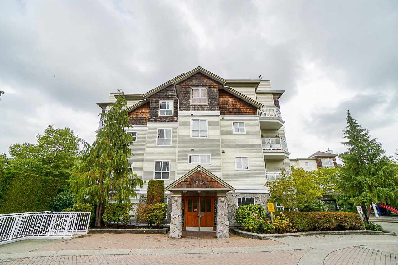 "Main Photo: 110 10188 155 Street in Surrey: Guildford Condo for sale in ""Sommerset"" (North Surrey)  : MLS®# R2404111"