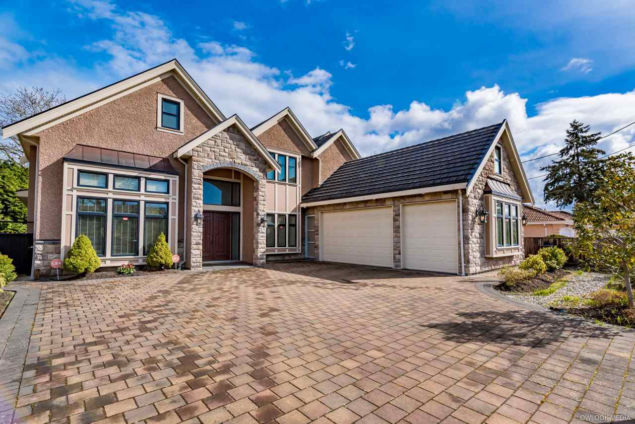 Main Photo: 6231 DANUBE Road in Richmond: Woodwards House for sale : MLS®# R2446308