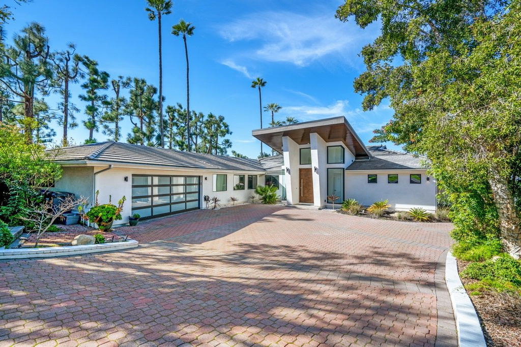 Main Photo: SAN DIEGO House for sale : 7 bedrooms : 4491 Yerba Santa Dr