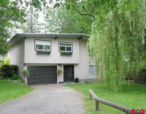 """Main Photo: 9791 115A ST in Surrey: Royal Heights House for sale in """"Royal Heights"""" (North Surrey)  : MLS®# F2512198"""