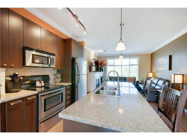 Main Photo: 9 18777 68A AVENUE in : Clayton Townhouse for sale : MLS®# F1420329