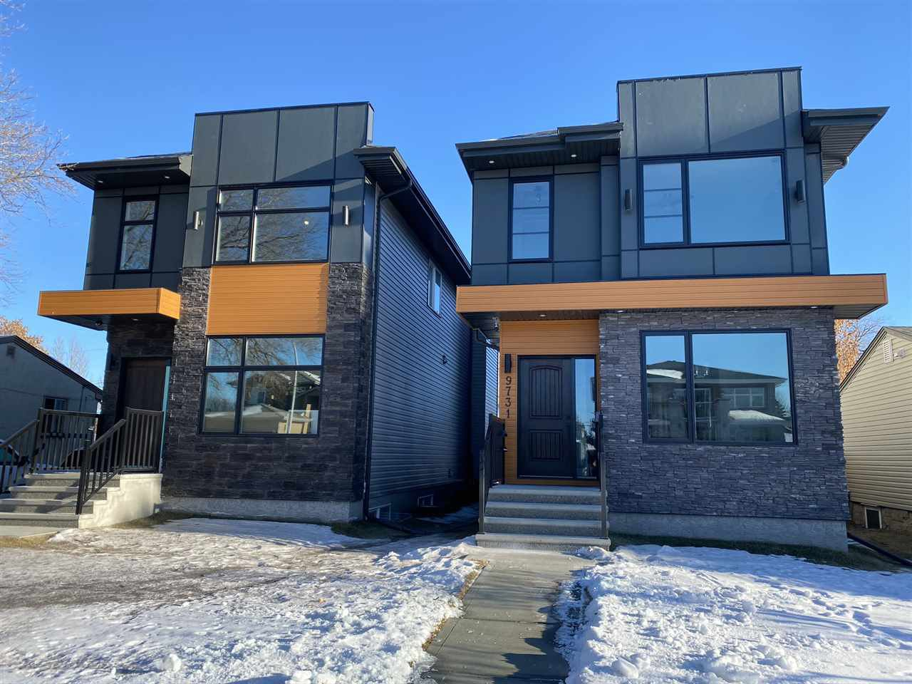 Main Photo: 9731 161 Street NW in Edmonton: Zone 22 House for sale : MLS®# E4224591