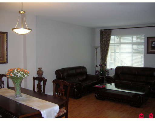 """Photo 4: Photos: 44 19932 70TH Avenue in Langley: Willoughby Heights Townhouse for sale in """"Summerwood"""" : MLS®# F2807024"""