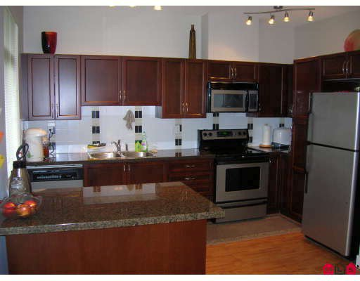 """Photo 2: Photos: 44 19932 70TH Avenue in Langley: Willoughby Heights Townhouse for sale in """"Summerwood"""" : MLS®# F2807024"""