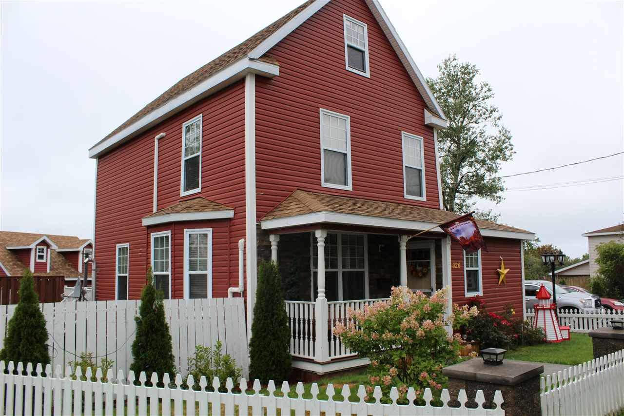 Main Photo: 126 Cottage Street in Glace Bay: 203-Glace Bay Residential for sale (Cape Breton)  : MLS®# 202011773