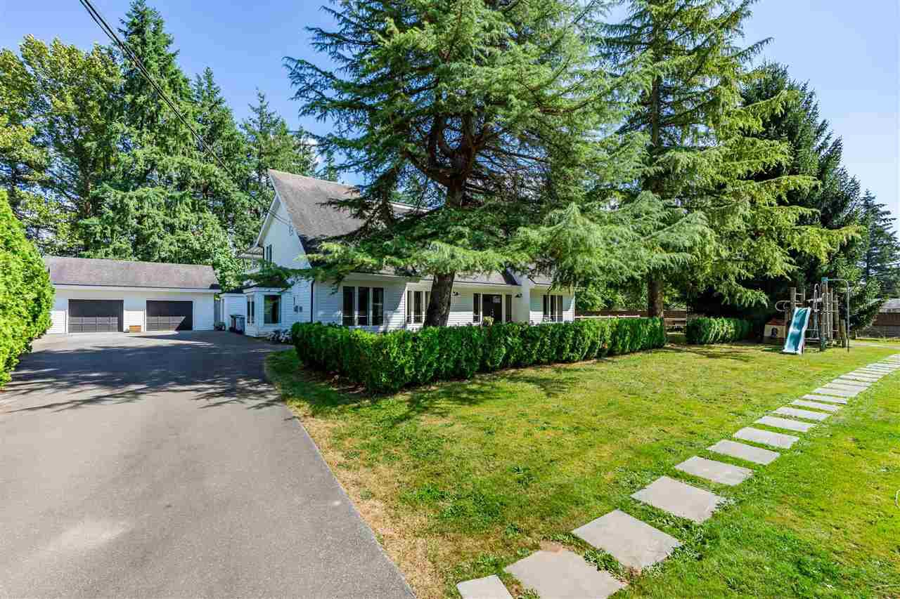 Main Photo: 5254 242 Street in Langley: Salmon River House for sale : MLS®# R2486180
