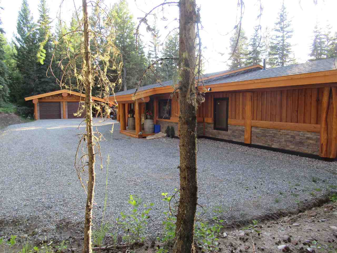 Main Photo: 3074 PIGEON Road: 150 Mile House House for sale (Williams Lake (Zone 27))  : MLS®# R2488781