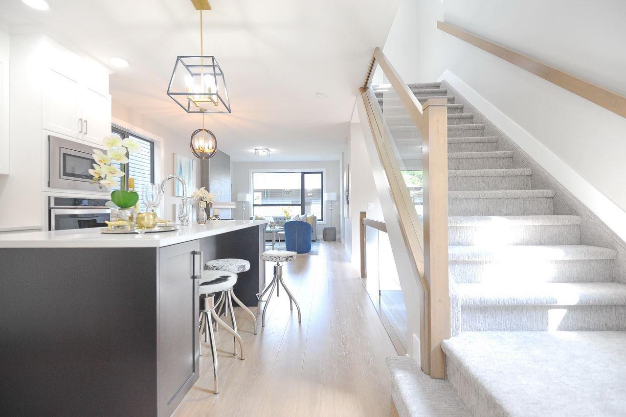 Main Photo: : House for sale (Edmonton)  : MLS®# E4168806