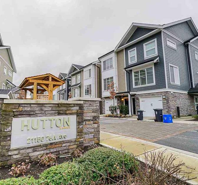 Main Photo: 35 21150 76A Avenue in Langley: Willoughby Heights Townhouse for sale : MLS®# R2420511