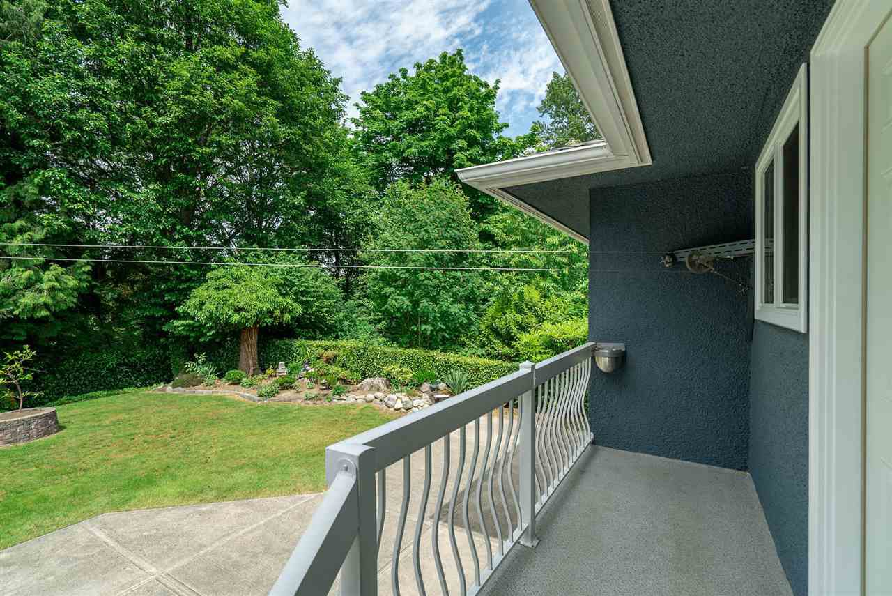 Photo 39: Photos: 4381 WILDWOOD CRESCENT in Burnaby: Garden Village House for sale (Burnaby South)  : MLS®# R2460804