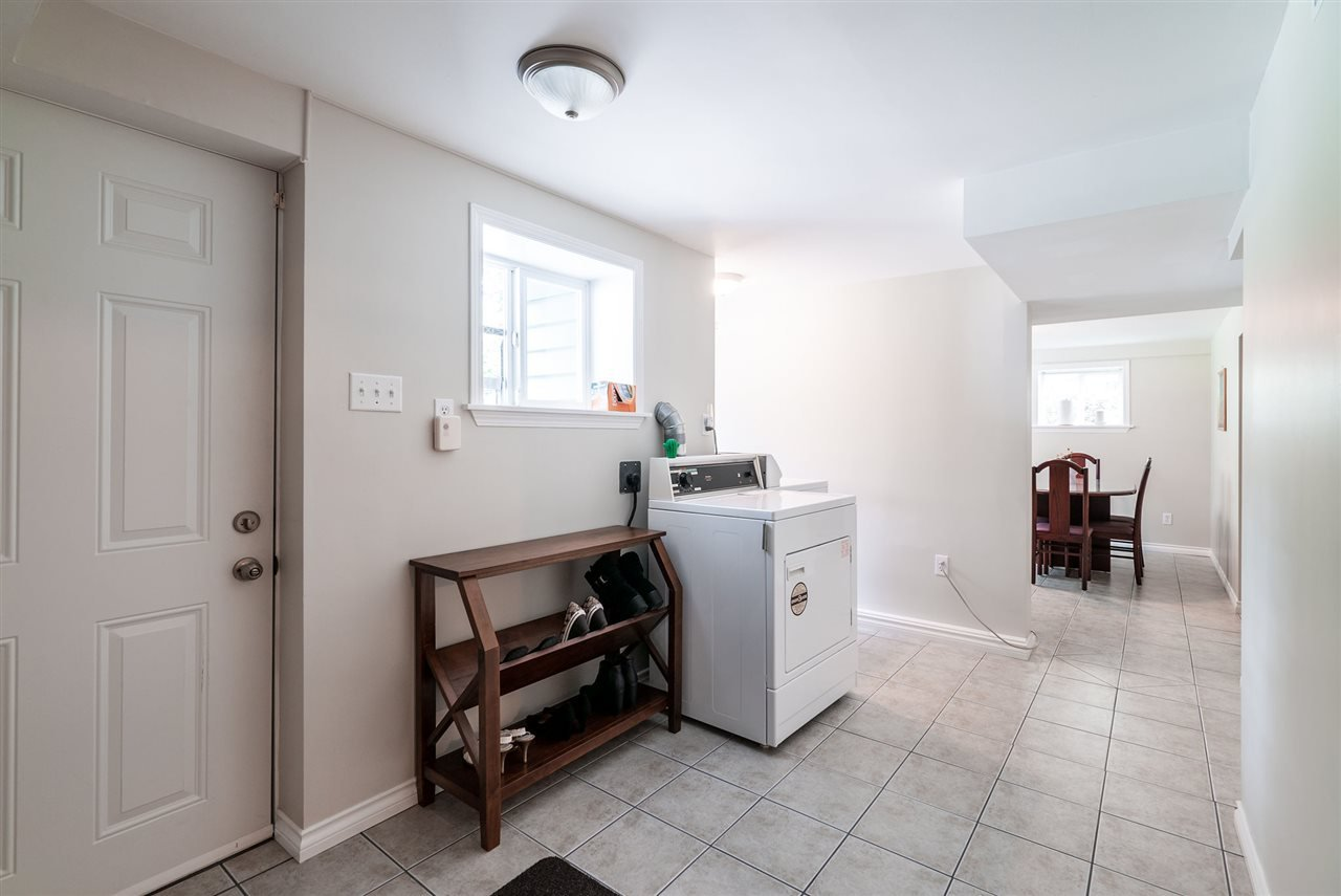 Photo 21: Photos: 4381 WILDWOOD CRESCENT in Burnaby: Garden Village House for sale (Burnaby South)  : MLS®# R2460804