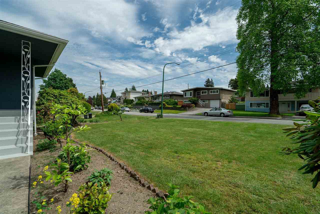 Photo 29: Photos: 4381 WILDWOOD CRESCENT in Burnaby: Garden Village House for sale (Burnaby South)  : MLS®# R2460804