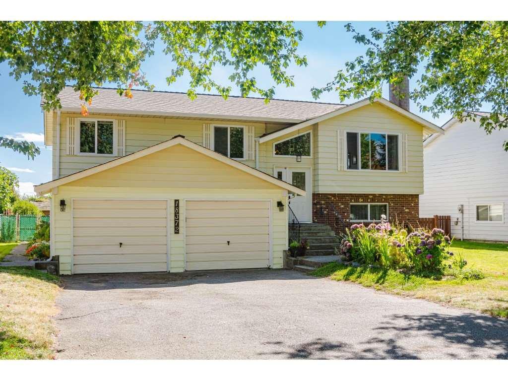 "Main Photo: 18372 58B Avenue in Surrey: Cloverdale BC House for sale in ""Cloverdale"" (Cloverdale)  : MLS®# R2493461"