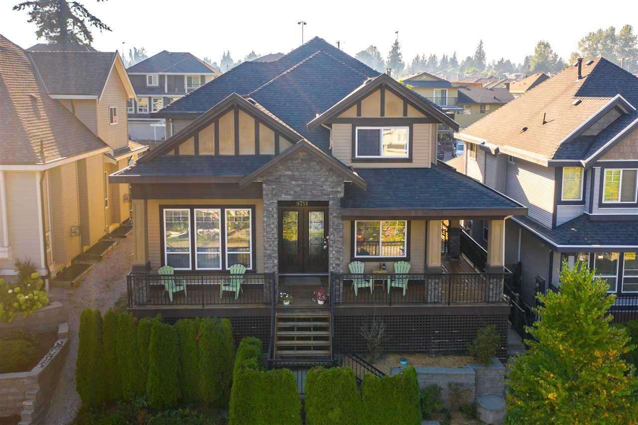 Main Photo: 9751 160A Street in Surrey: Fleetwood Tynehead House for sale : MLS®# R2509402