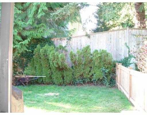 Photo 6: Photos: 2 839 NORTH Road in Gibsons: Gibsons & Area Townhouse for sale (Sunshine Coast)  : MLS®# V675436