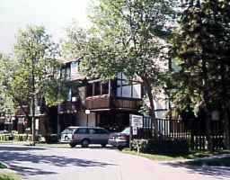 Main Photo: 120 NIAKWA Road in WINNIPEG: St Vital Condominium for sale (South East Winnipeg)  : MLS®# 9607784