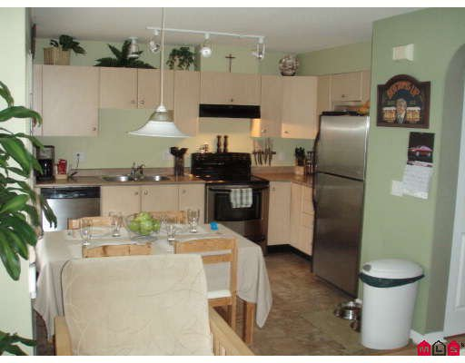 """Photo 3: Photos: 53 18883 65TH Avenue in Surrey: Clayton Townhouse for sale in """"Applewood"""" (Cloverdale)  : MLS®# F2803739"""