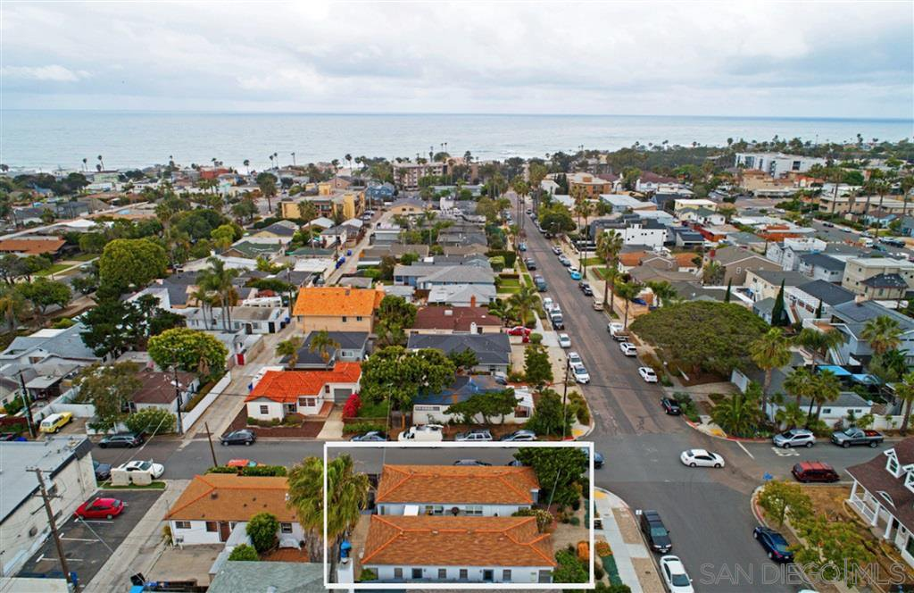 Main Photo: PACIFIC BEACH Property for sale: 925-931 Opal Street in San Diego