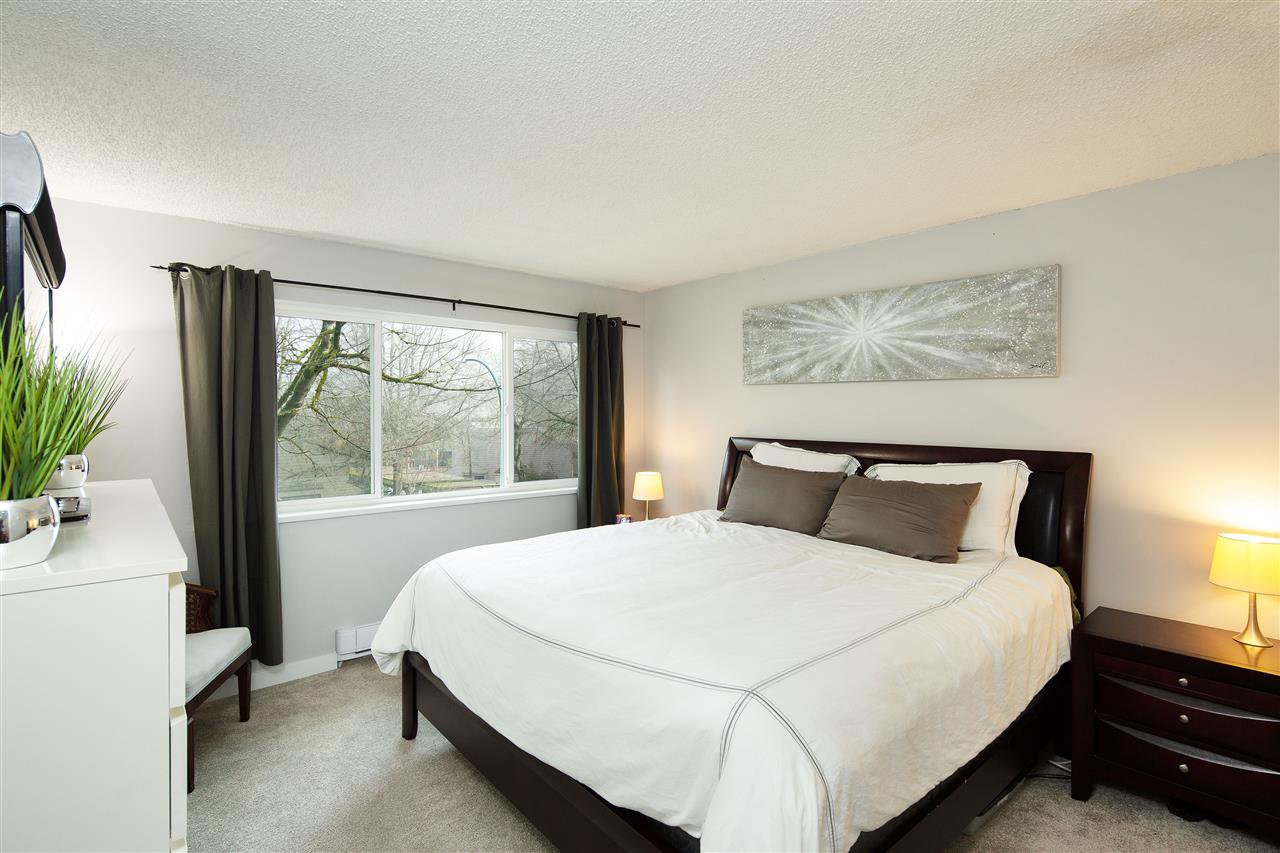 """Main Photo: 369 8025 CHAMPLAIN Crescent in Vancouver: Champlain Heights Townhouse for sale in """"CHAMPLAIN RIDGE"""" (Vancouver East)  : MLS®# R2402571"""