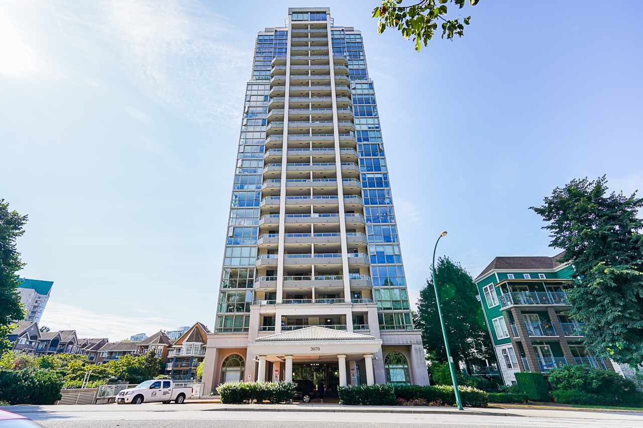 "Main Photo: 501 3070 GUILDFORD Way in Coquitlam: North Coquitlam Condo for sale in ""LAKESIDE TERRACE"" : MLS®# R2493229"