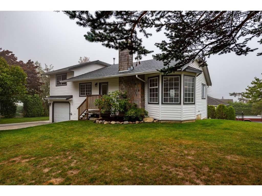 Main Photo: 3211 MCKINLEY Drive in Abbotsford: Abbotsford East House for sale : MLS®# R2498286