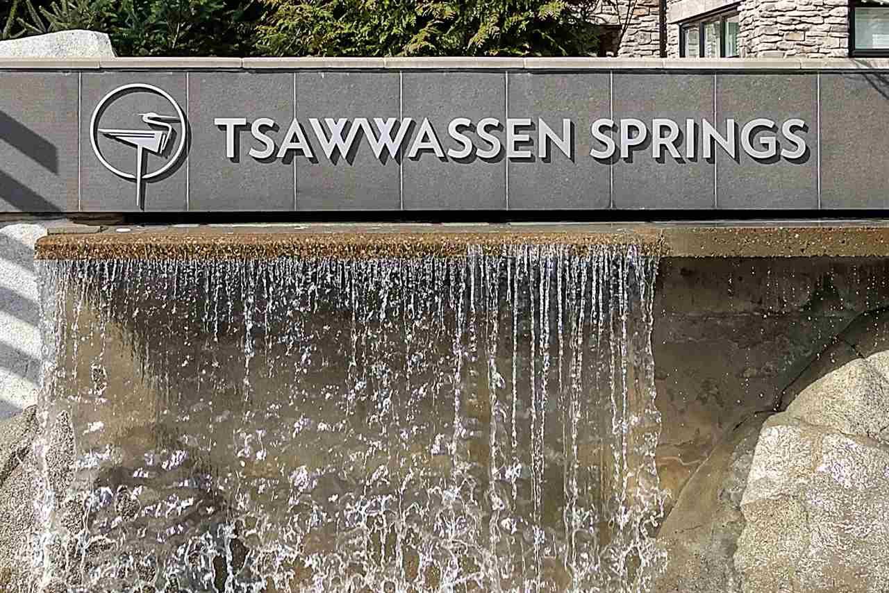 "Main Photo: 313 5055 SPRINGS Boulevard in Tsawwassen: Cliff Drive Condo for sale in ""TSAWWASSEN SPRINGS"" : MLS®# R2404819"
