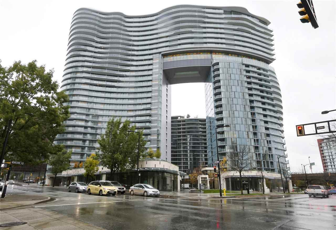 """Main Photo: 1602 89 NELSON Street in Vancouver: Yaletown Condo for sale in """"The ARC"""" (Vancouver West)  : MLS®# R2415303"""