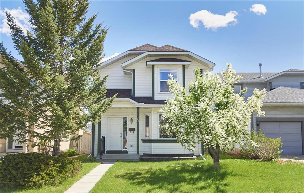 Main Photo: 75 MILLRISE Crescent SW in Calgary: Millrise Detached for sale : MLS®# C4299889